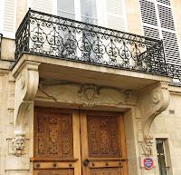 Balcon du 20 quai de Béthune à Paris