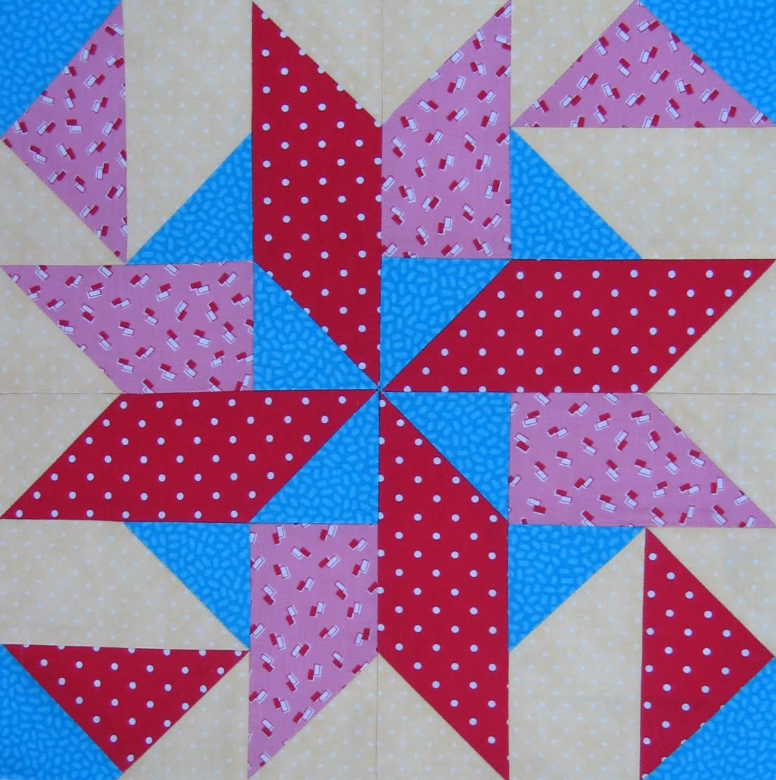 Starwood Quilter: Midnight Star Quilt Block
