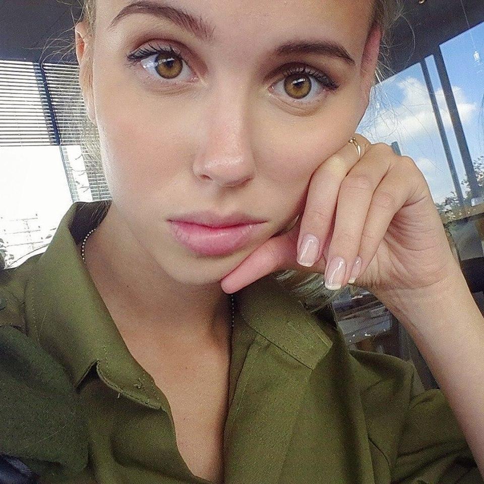 A militar mais sexy do Instagram