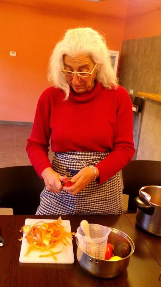 "Aziza Puch en el ""Curso de Cocina Sana"" de Laguna de Cameros"