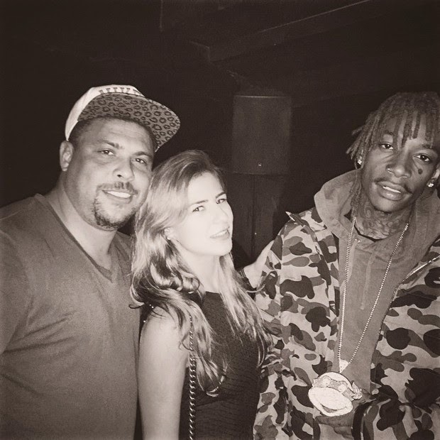 Ronaldo and Paula Morais pose with Wiz Khalifa