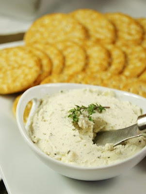 Homemade Boursin Style Cheese Spread