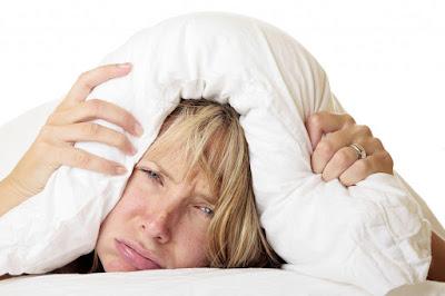 Conheça alguns chás que ajudam a combater a insônia