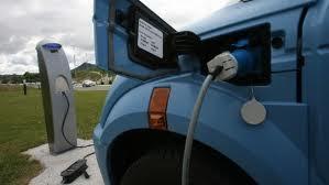El Gobierno pide que haya una recarga eléctrica por cada 20 plazas en garajes