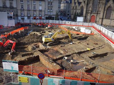 Le site des fouilles préventives de l'Inrap Place Saint-Germain de Rennes