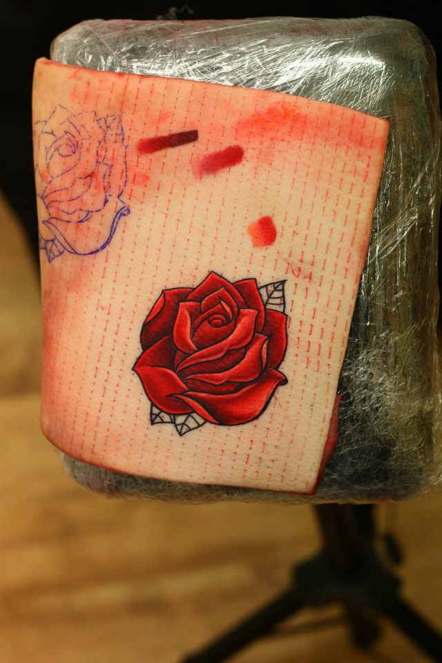 Michelle maddison tattoo pigskin colour blending for Pig skin tattoo