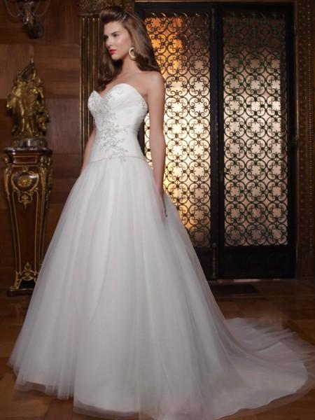 Vestidos de novia estilo princesa 2012