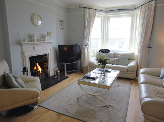 Holiday cottages in the west country january 2012 Living room furniture layout bay window