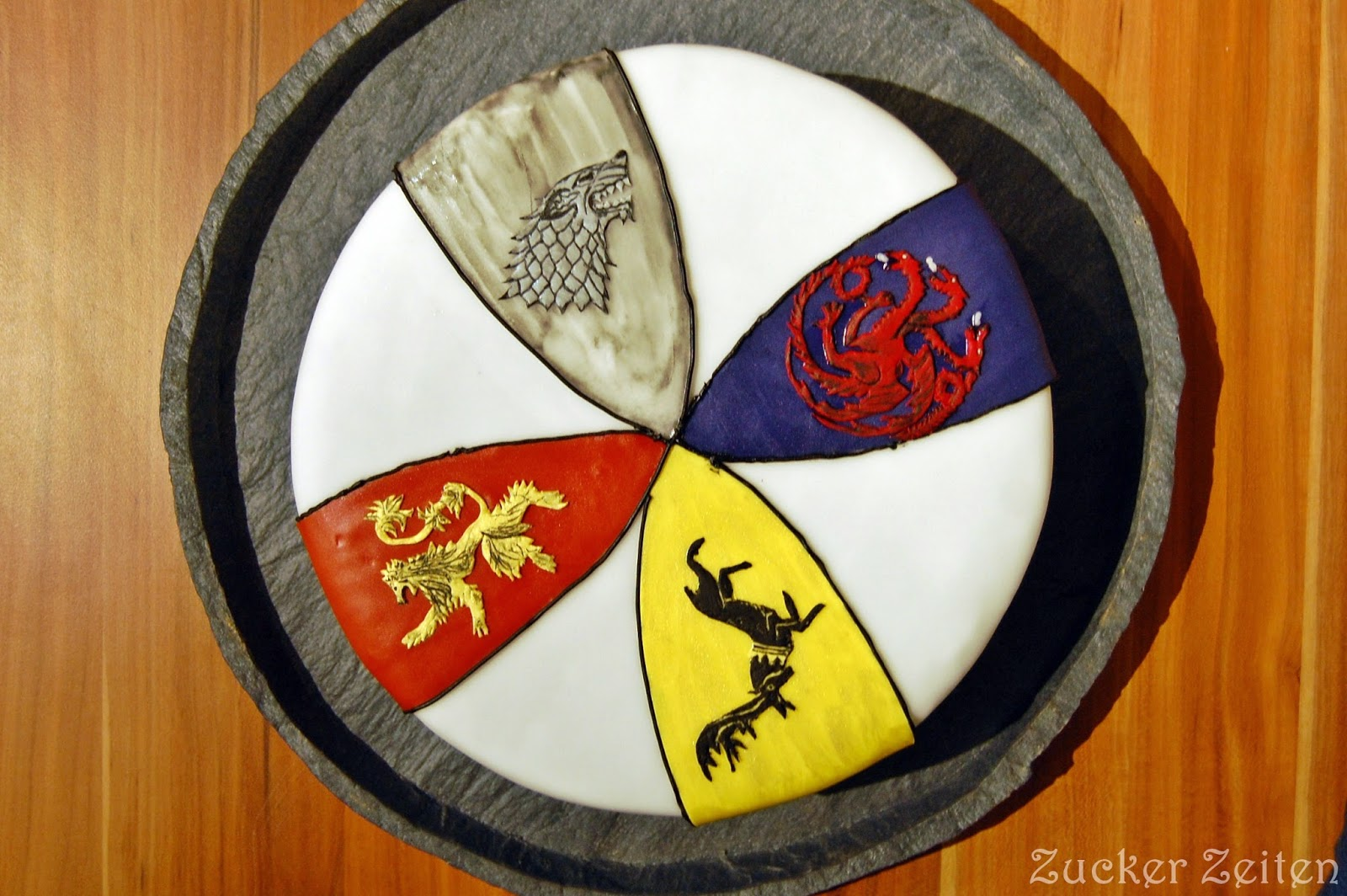 Game of Thrones Banner Cake