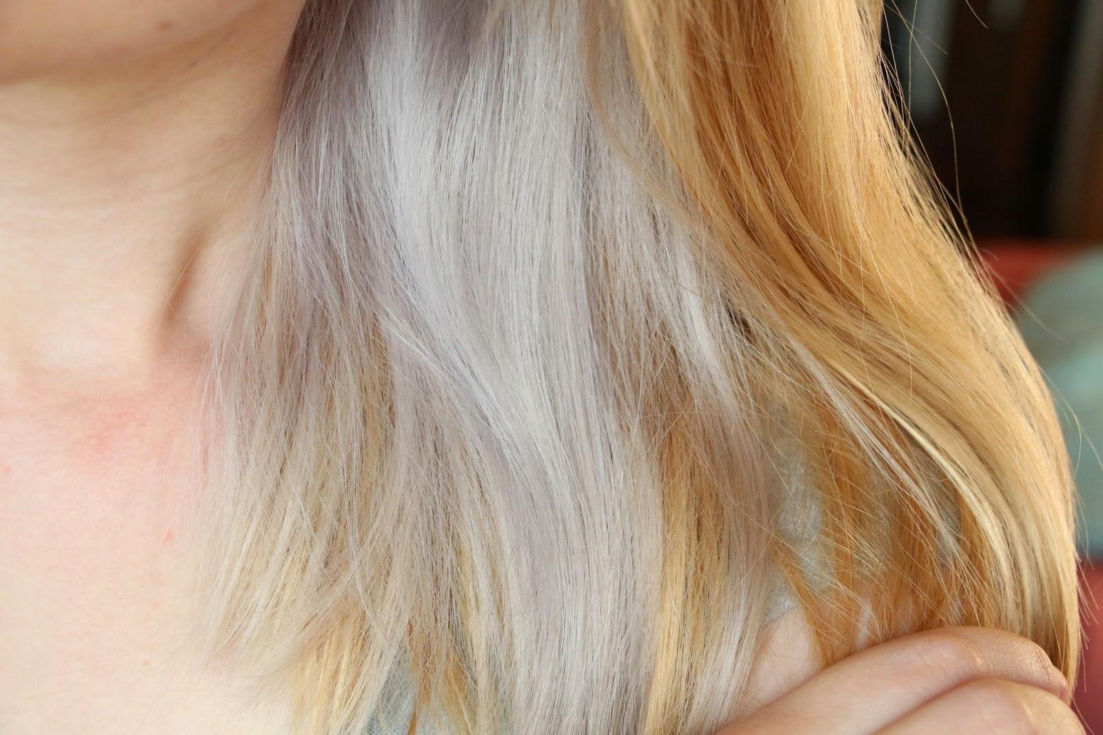 Très Hélène aime : Jaune-gris-bleu : mon voyage capillaire! EU39