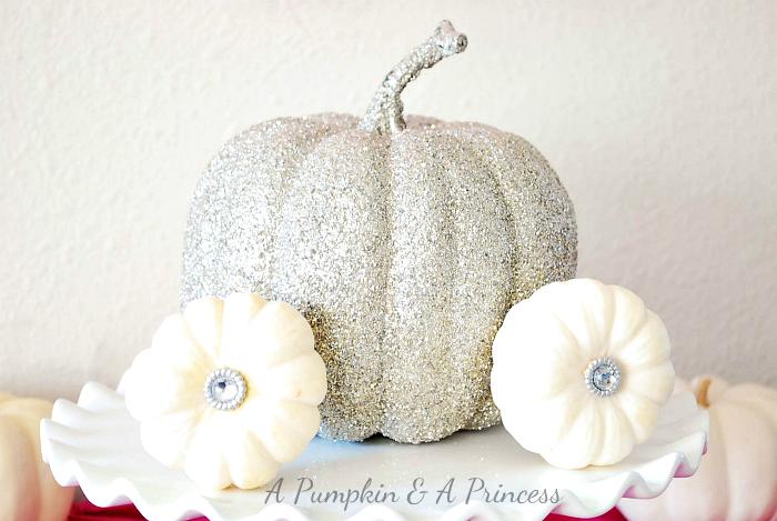 How To Decorate A Cinderella Cake Pumpkin Coach Wilton