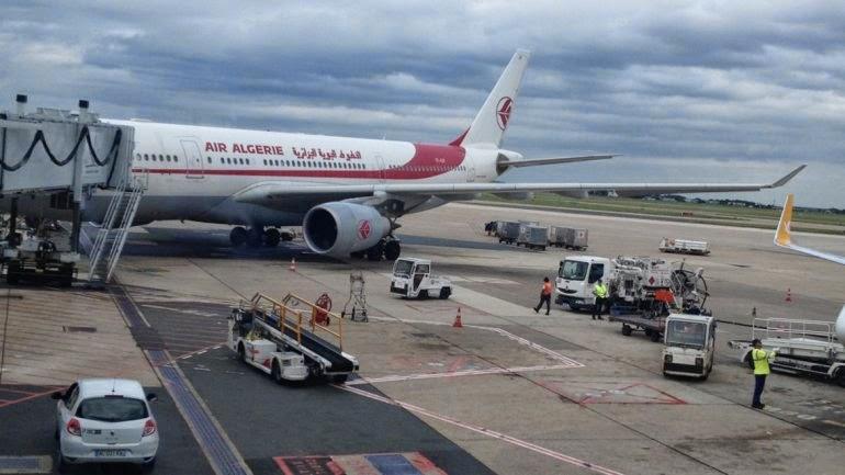 la última hora del avión desaparecido en africa Air Algerie