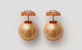 brincos Shine In Dior com acabamento em ouro ornados com cristais