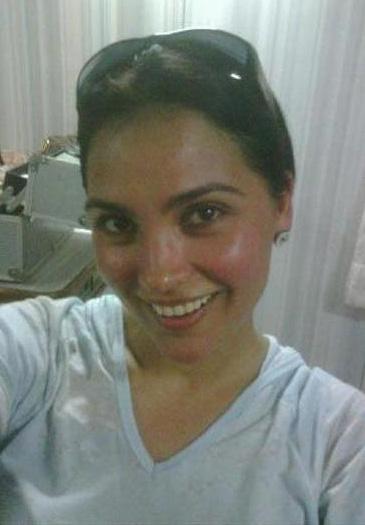 Lara Dutta sexy Beine