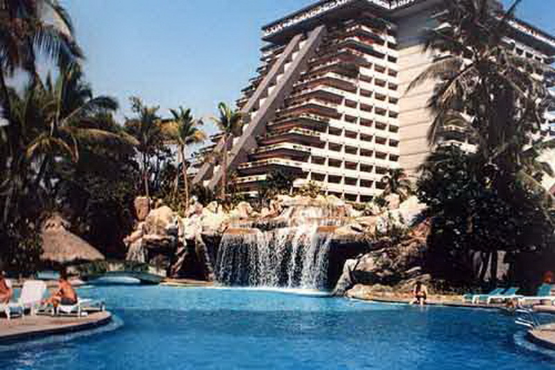 Hotels Near Fairmont Acapulco Princess