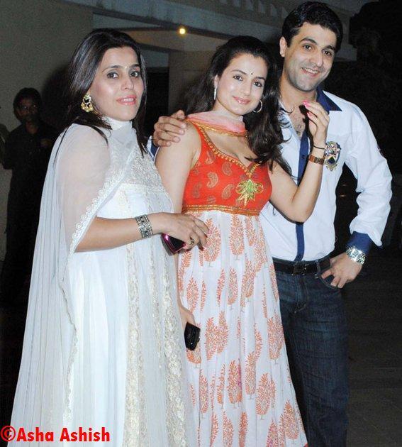 Asha Ashish: Aishwarya Rai Bachchan baby bump Visible ...