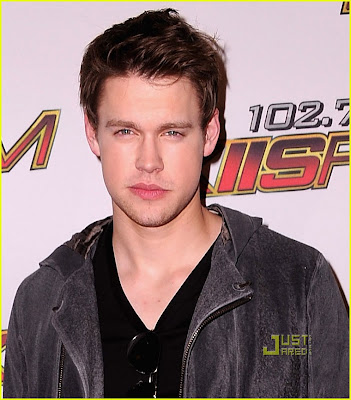 CHORD OVERSTREET NEW DARK HAIR