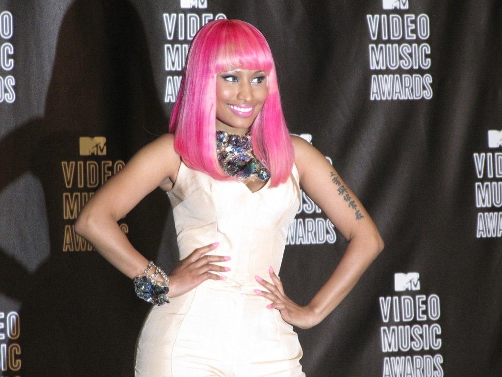 http://3.bp.blogspot.com/-FoqRNoJQecI/T-m0QvQbuSI/AAAAAAAACjY/h3Miqo17RRw/s1600/Nicki_Minaj+-+Copy.jpg