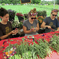 Red Fire Farm Tomato Festival_ Flower Crowns_New England Fall Events