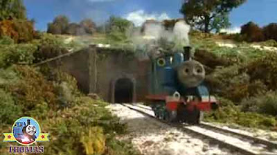 Island of Sodor number 1 engine Train Thomas and the toy shop kids online stories with snow pictures