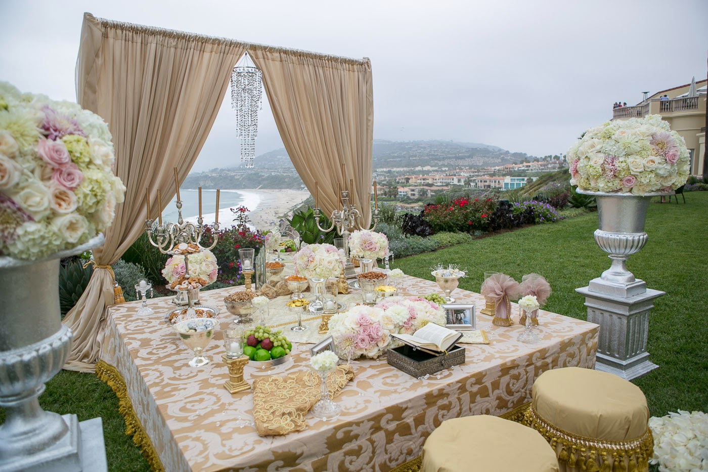 Sofreh table for Persian wedding ceremony table