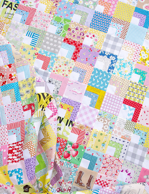 Quarter Log Cabin Scrap Quilt | Red Pepper Quilts 2015