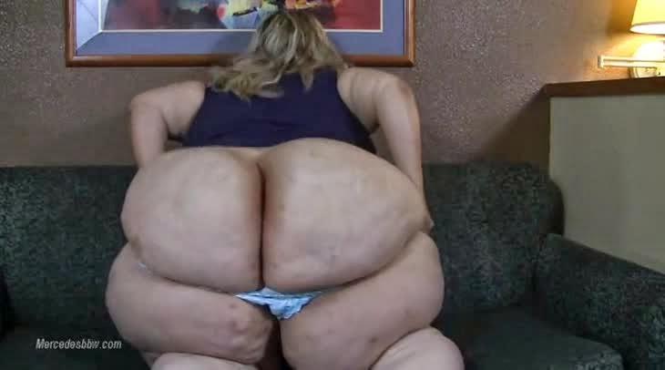 softcore busty women