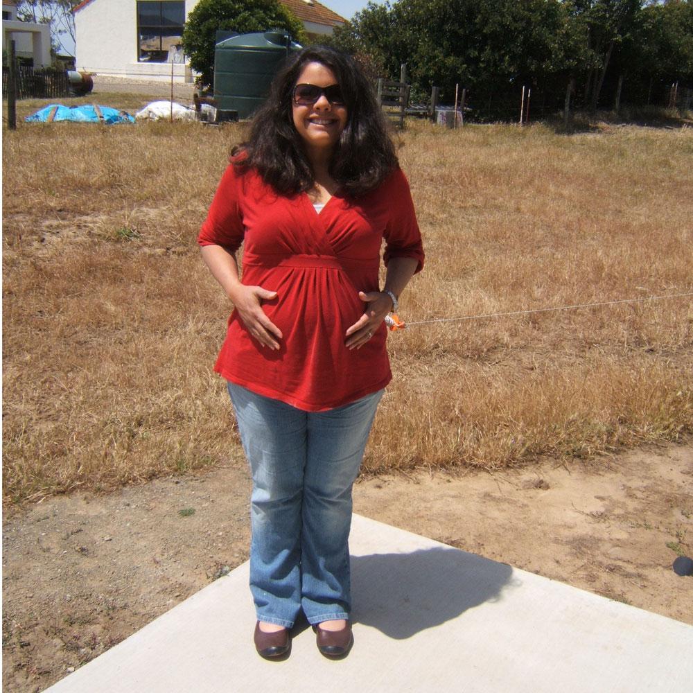 week 38 belly 03 Published November 23, 2009 at 1362 × 1664 in Pregnancy Belly Week by Week