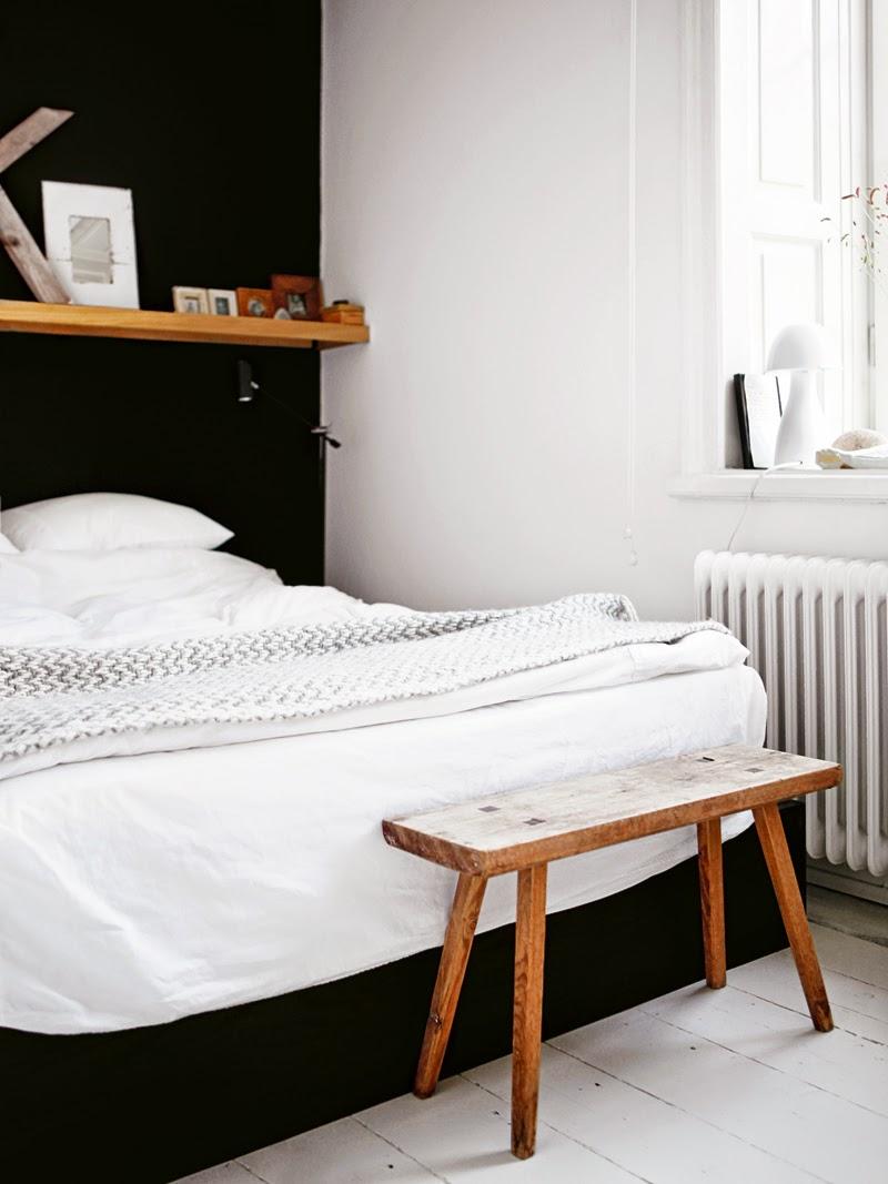 35-inspirasi-desain-ruang-tidur-bernuansa-hitam-putih-005