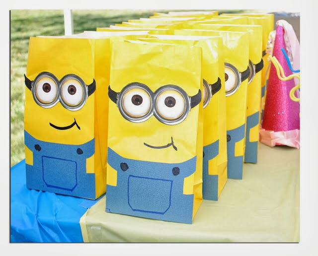 Minions Party Bags.