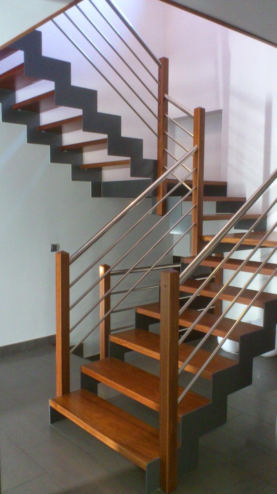 Escaleras y pasamanos escaleras de hierro madera - Escaleras con peldanos de madera ...