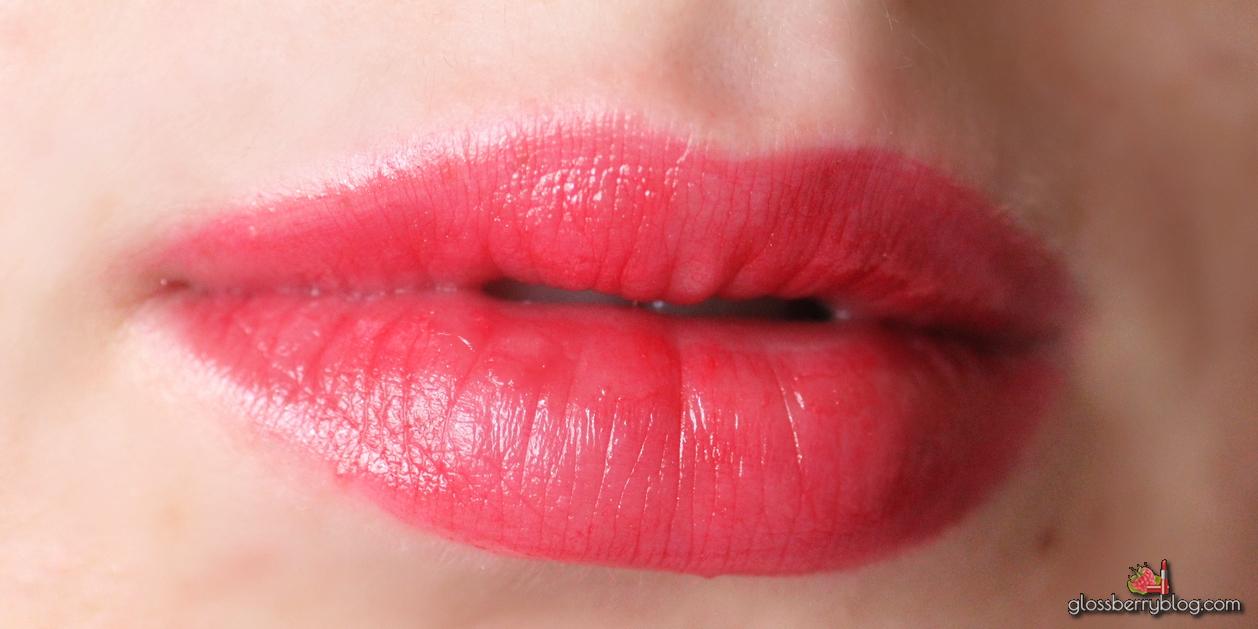 Shiseido - Veiled Rouge / RD506 -Carnevale review swatch rnevale בלוג איפור וטיפוח סקירה שפתון שיסיידו