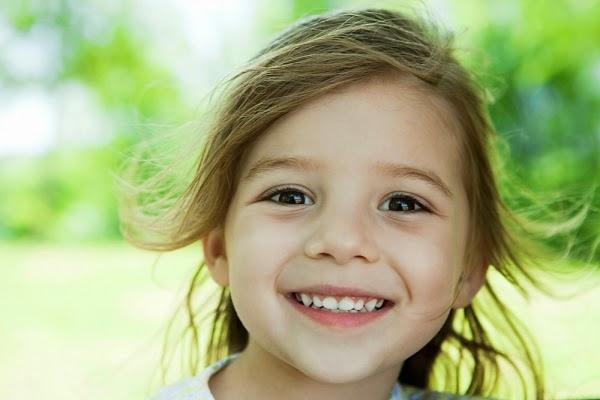 Nguyên nhân gây sún răng ở trẻ nhỏ.