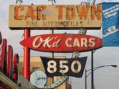 Car dealership on Western Ave by David Hilowitz via Flickr and a Creative Commons license
