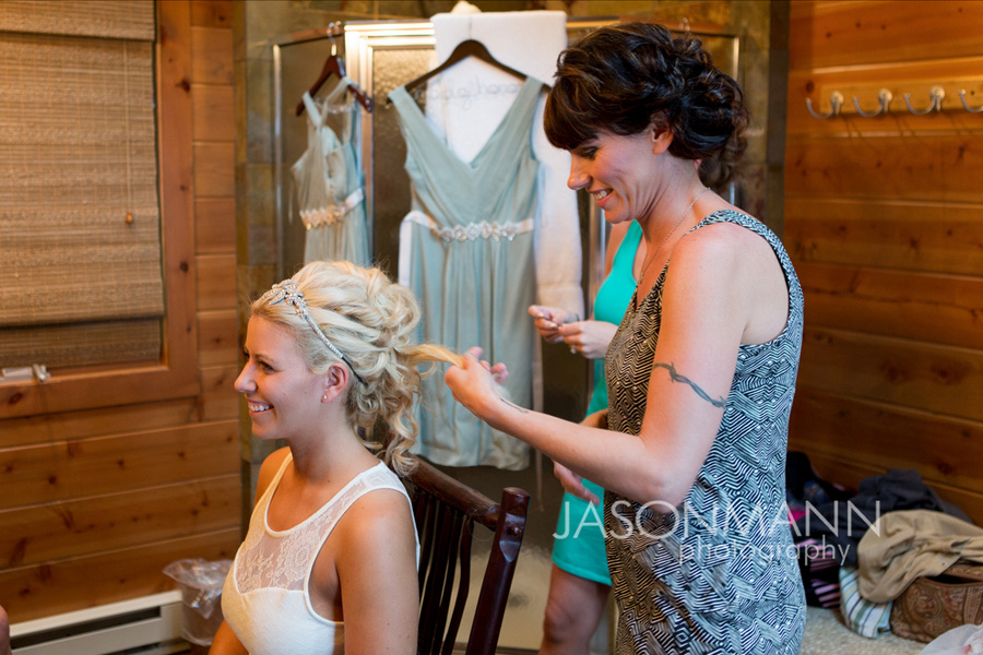 Door County Wedding: Bride getting ready. Photo by Jason Mann Photography, 920-246-8106, www.jmannphoto.com