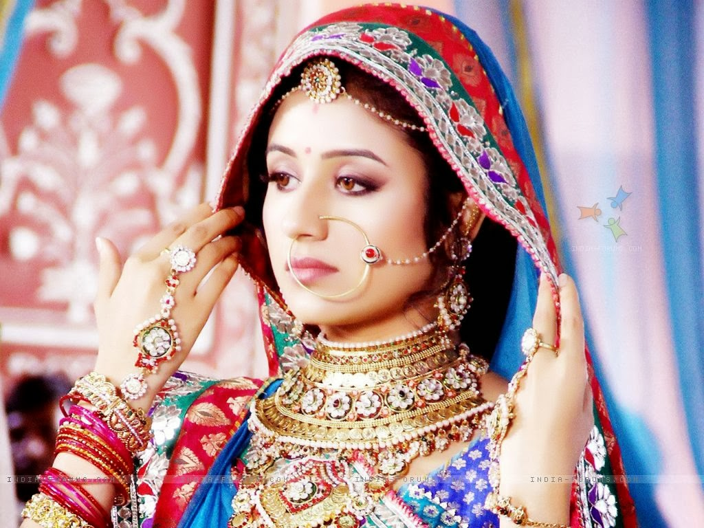 LATEST DESIGNS GOLD JEWELLERY  HINDI SERIAL JODHA AKBAR LAUNCH