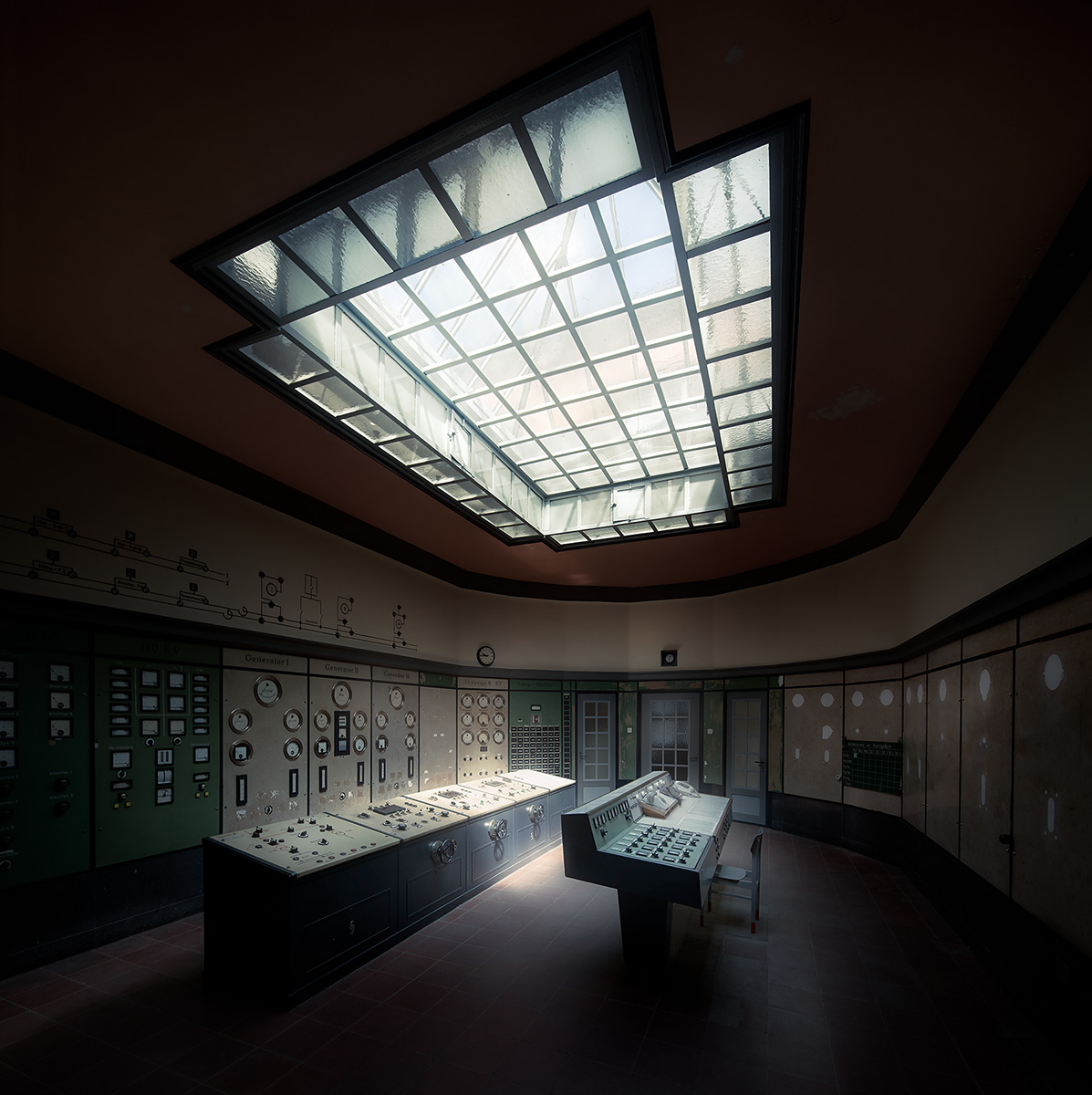 HDR,power plant,control,room,abandoned,light,shadows,industry
