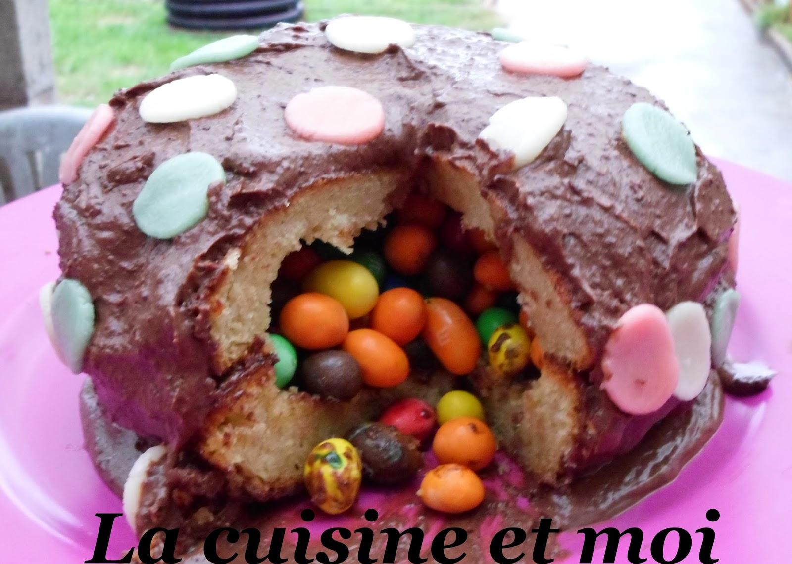 http://la-cuisine-et-moi.blogspot.fr/2014/10/gateau-surprise.html