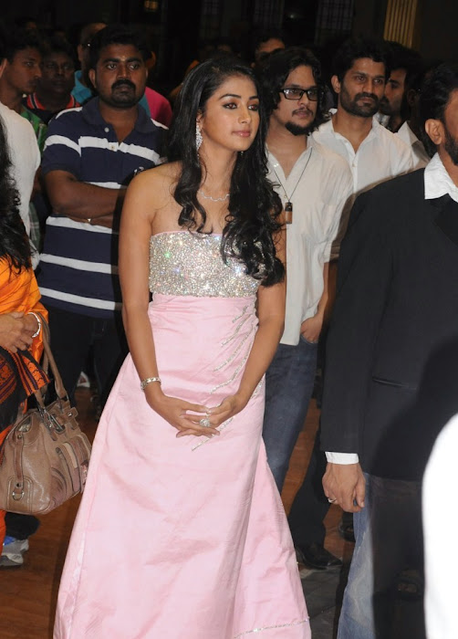 mugamoodi pooja hegde at movie launch latest photos