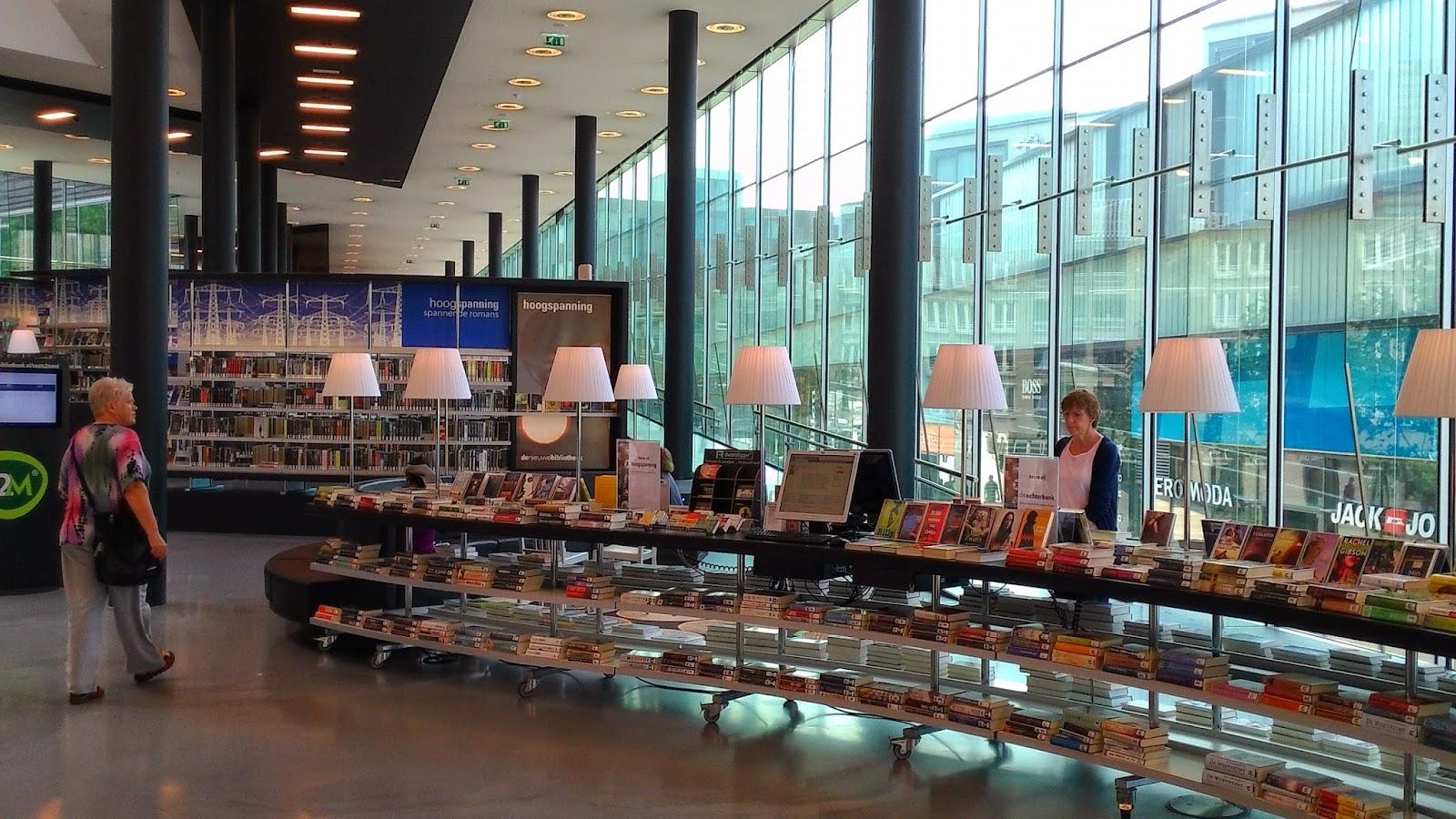 Almere Library 2