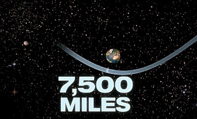School-bus sized asteroid makes Earth near-miss