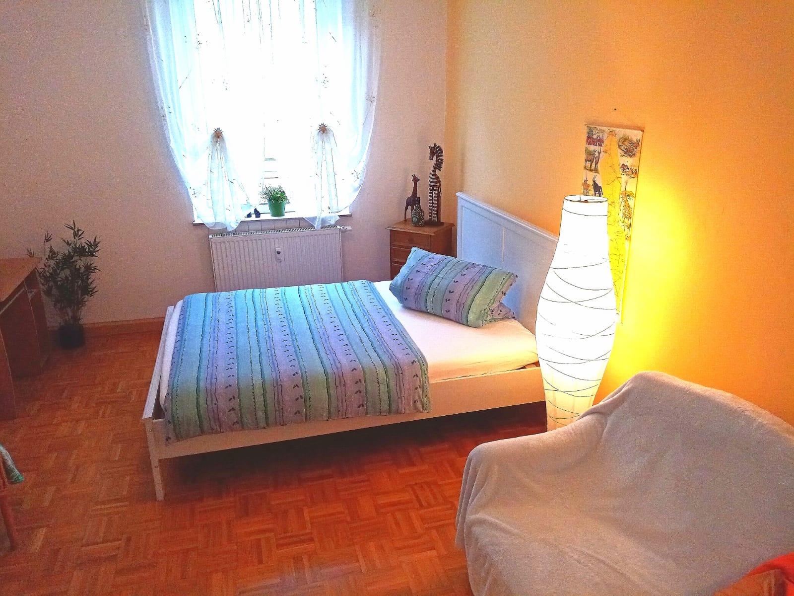 App 3 - Schlafzimmer 1