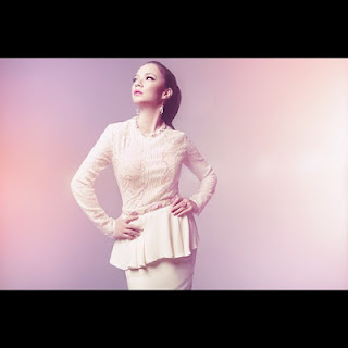 Design Baju Raya 2012 by Innai Red - Nora Danish :: Fashion, Parenting