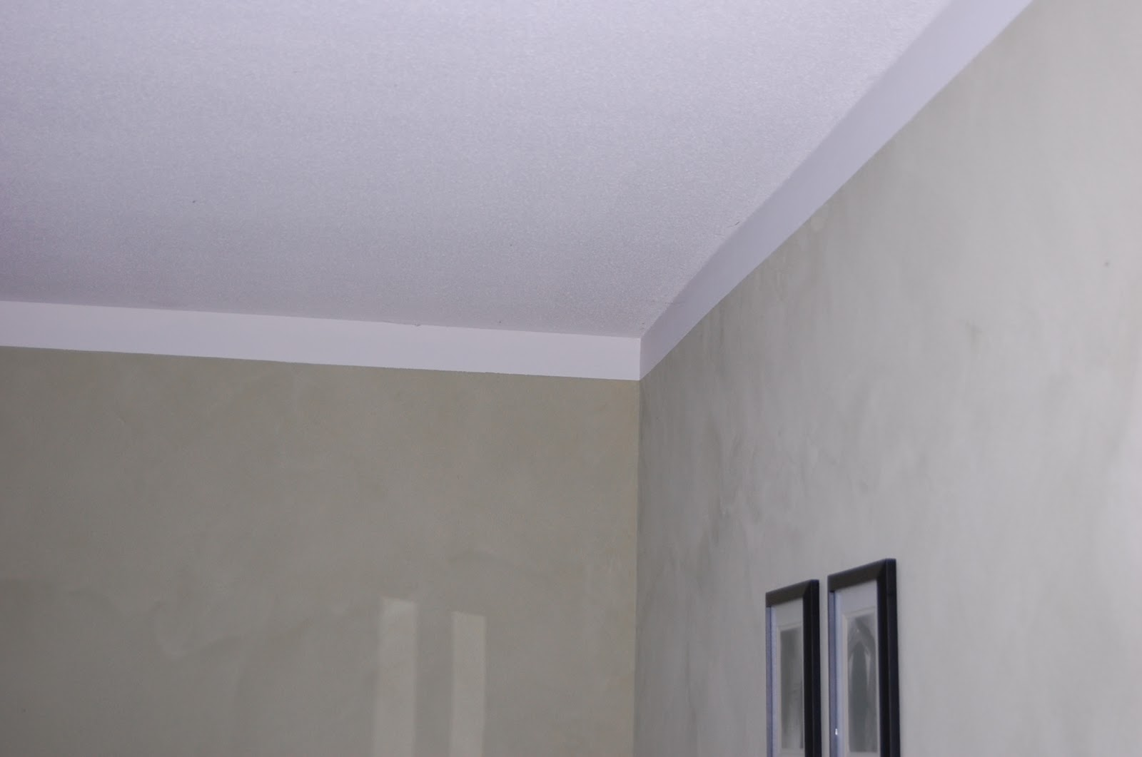 On The Fly: Faux Crown Moulding