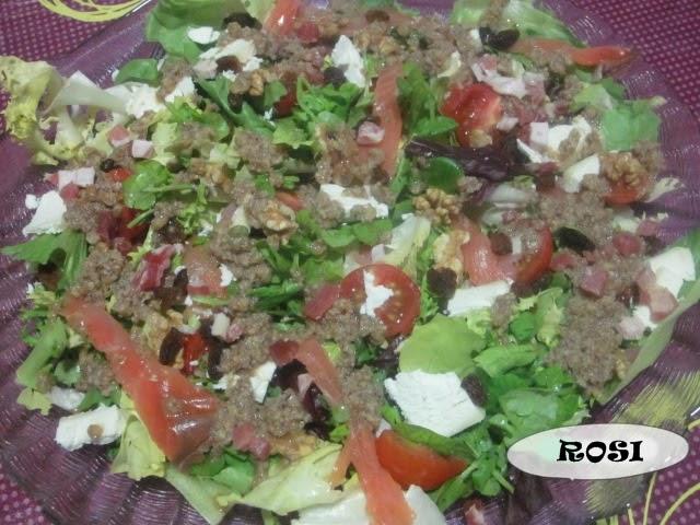 Entre cacharros de cocina ensalada de salm n con rulo de for Cacharros de cocina