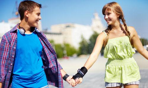 6 Teenage Dating Tips,boy girl love romance happy walking