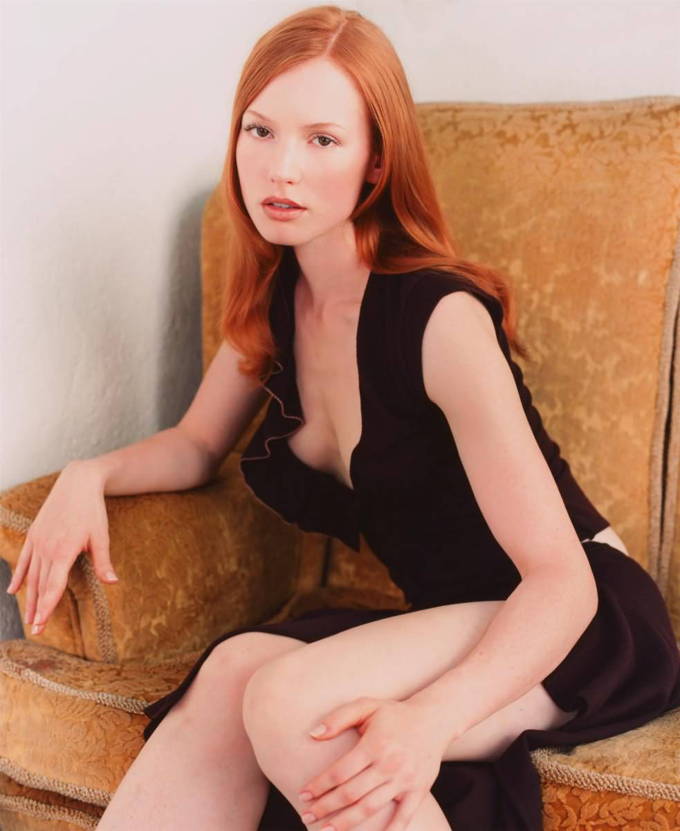 Alicia Witt Biography Wallpapers And Profile