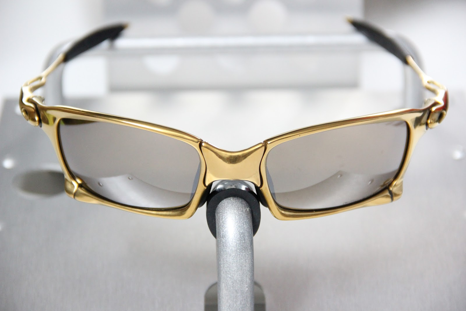5626bcc510 Oakley X-Metal X-Squared. 24K - Titanium Iridium Polarized