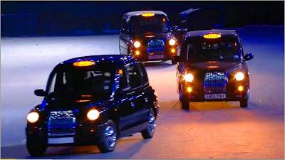 Victoria Beckham con las Spice Girls en la ceremonia de cierre