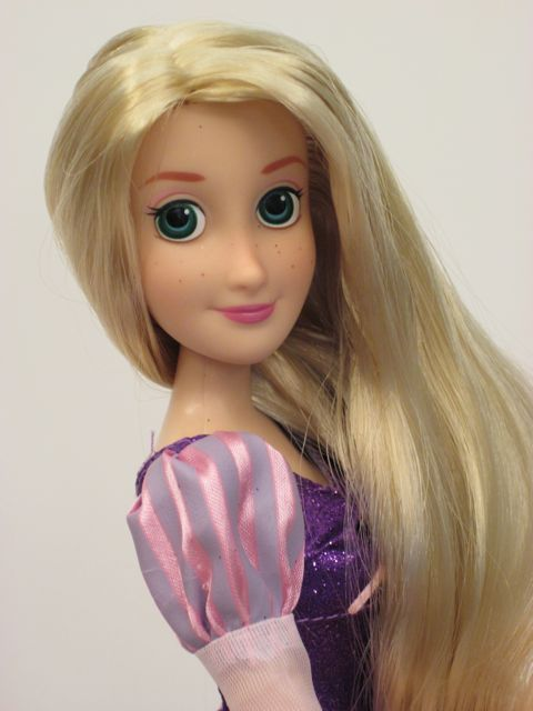 New-Disney-Rapunzel-Doll